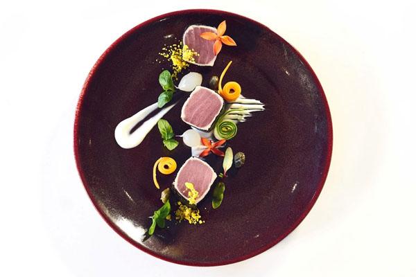 Pržena tuna sa morskim algama